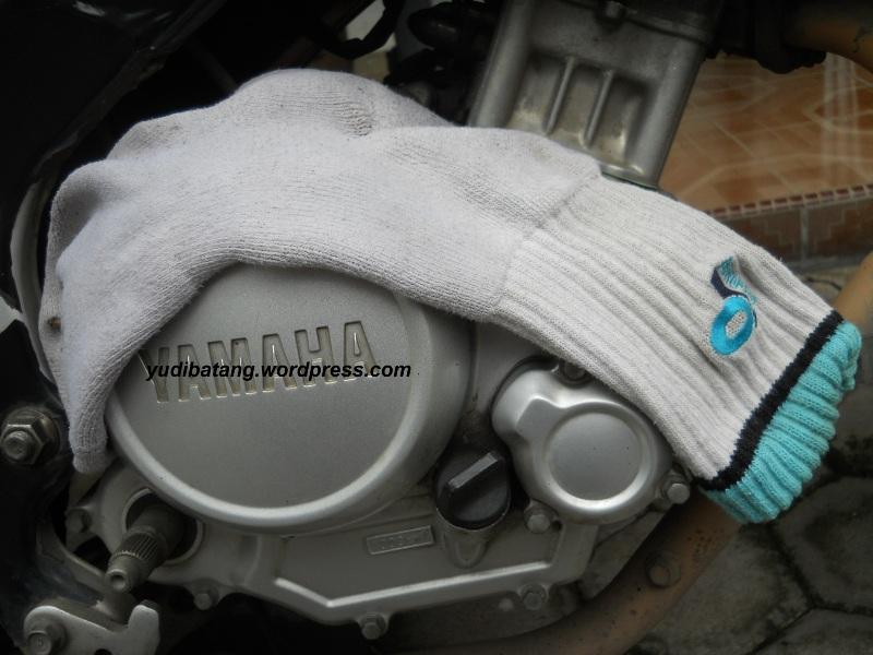 kaos kaki dimesin motor