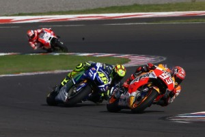 Rossi vs Marquez motogp argentina 2015 1