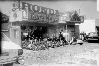 Dealer sepeda motor paling tua dijakarta