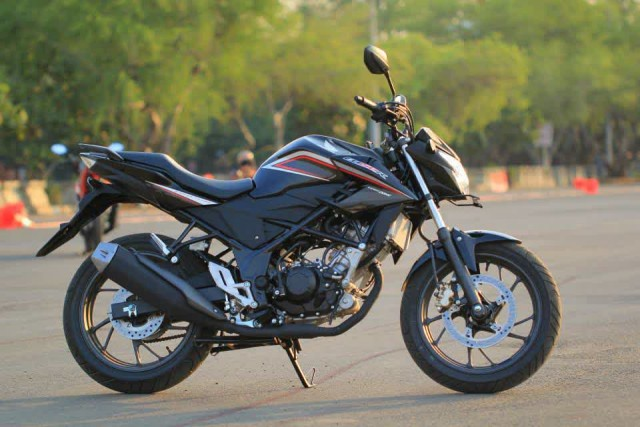 All-New-Honda-CB150R-Streetfire-Samping-Kanan