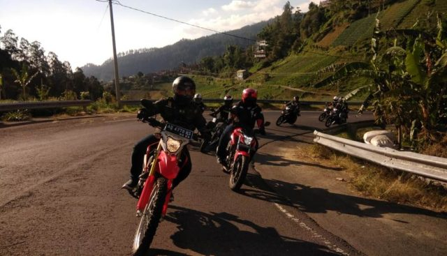 Iwanbanaran diatas Honda CRf150