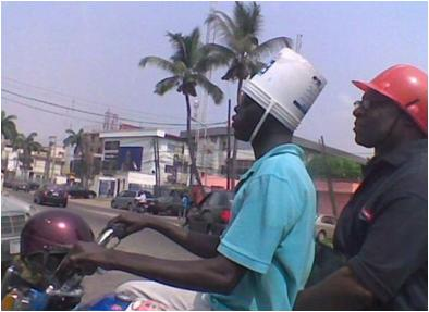 Fungsi lain helm sepeda motor