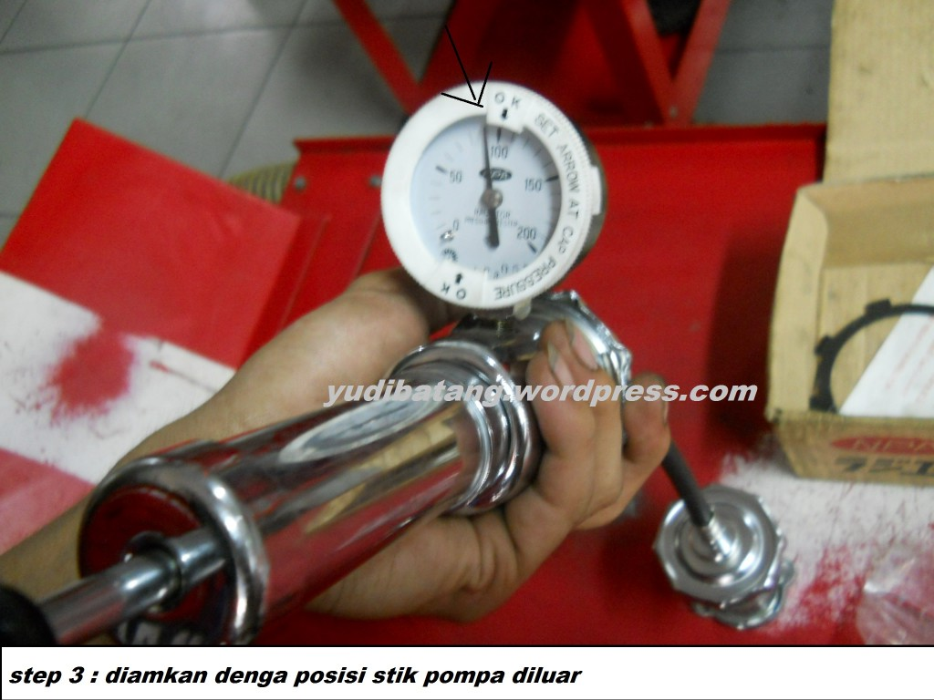 alat pengetes radiator