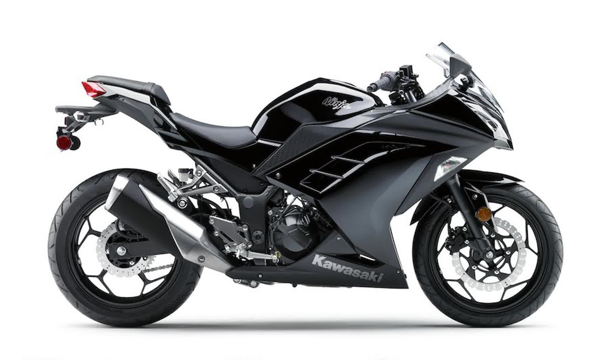 2013-Kawasaki-Ninja-300-Black-Edition
