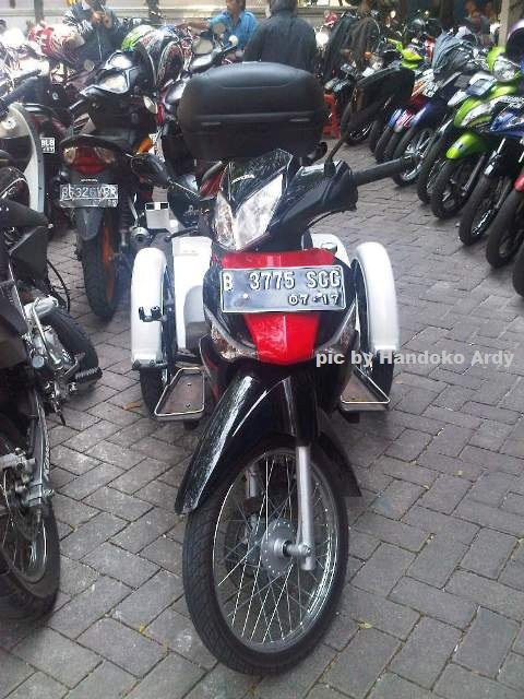 Honda Supra X 125 roda 3