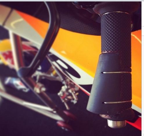 Hand grip Marquez Jerez 2015