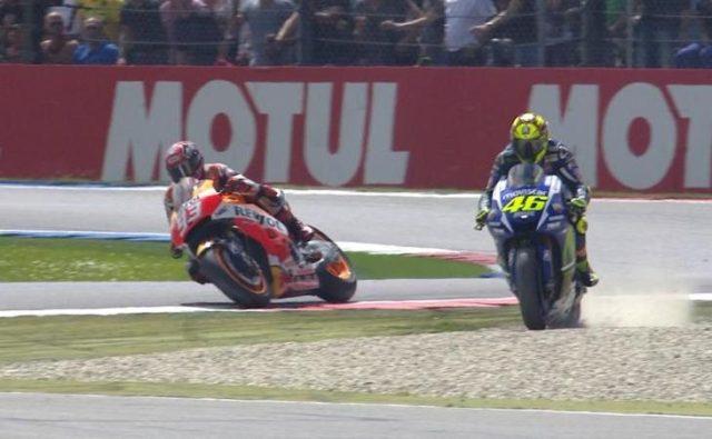 Rossi-vs-MM-Assen-GP