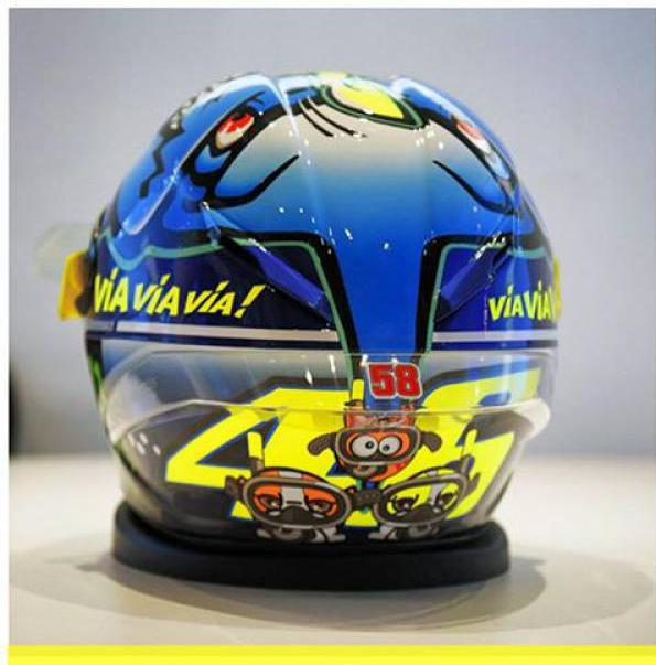helm valentino rossi special edition race san marino 2015. Black Bedroom Furniture Sets. Home Design Ideas