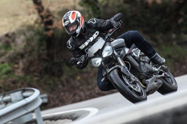 2017-Triumph-Street-Triple-RS