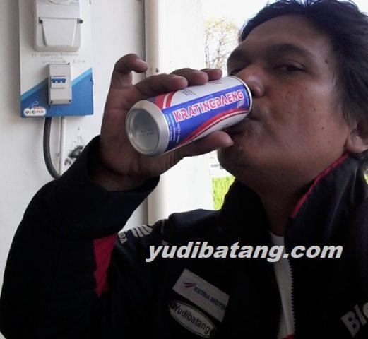 minum sebelum naik motor