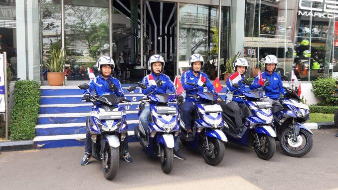 5 bikers yamaha touring