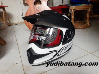 Helm KYT Explorer Honda
